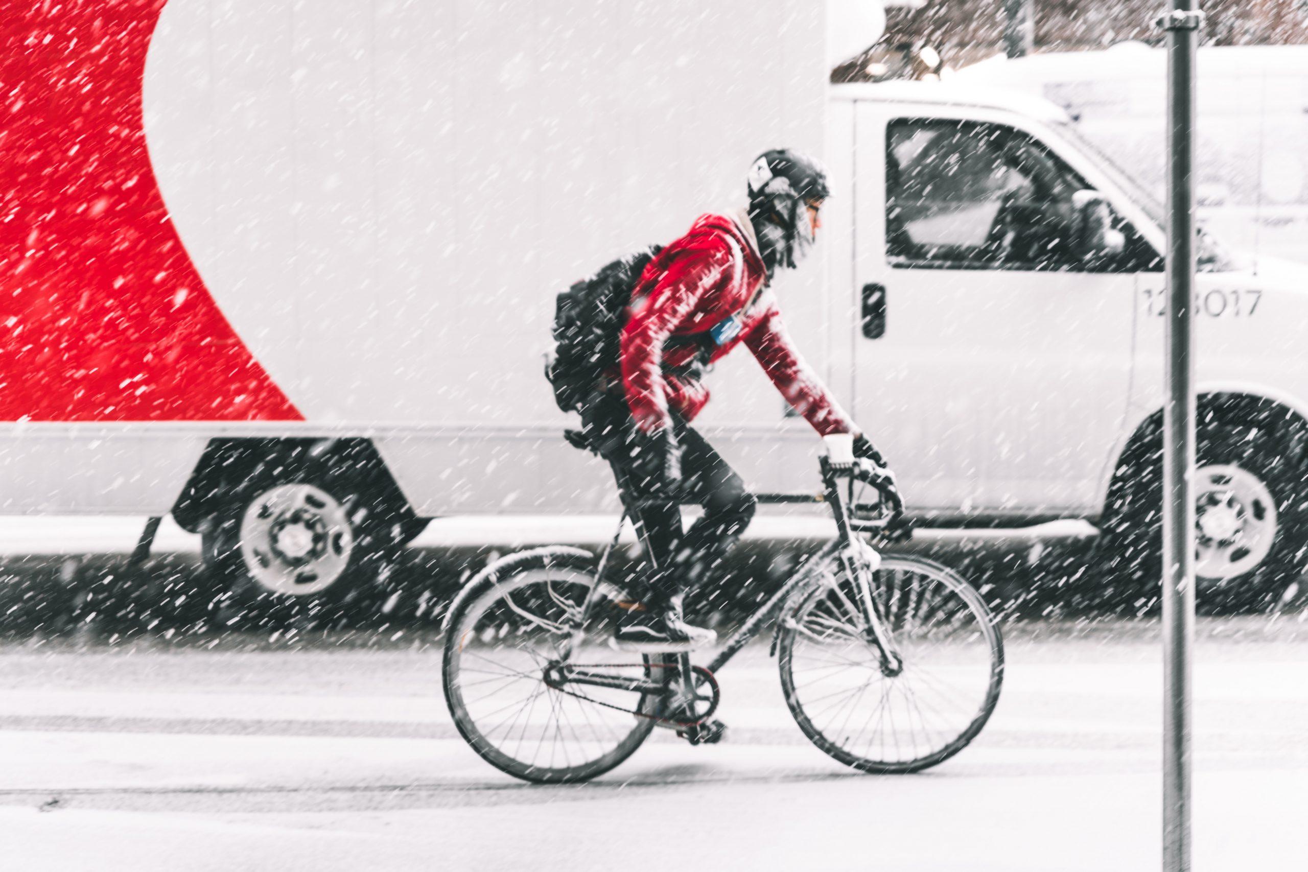 Testbericht warme Winter Radschuhe - Warme Winter Rennradschuhe im Vergleichstest: Wir haben verschiedene Modelle mit unterschiedlichem Preis-Leistungs-Verhältnis getestet. Welche sind die besten Winter Radschuhe?